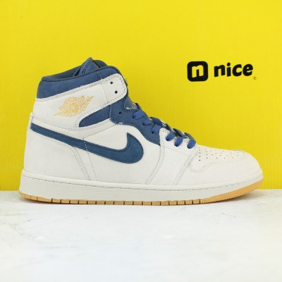 Nike Air Jordan 1 Retro High OG Court Purple Basketball Shoes Beige Blue Mens AJ1 Sneakers AH6342 104